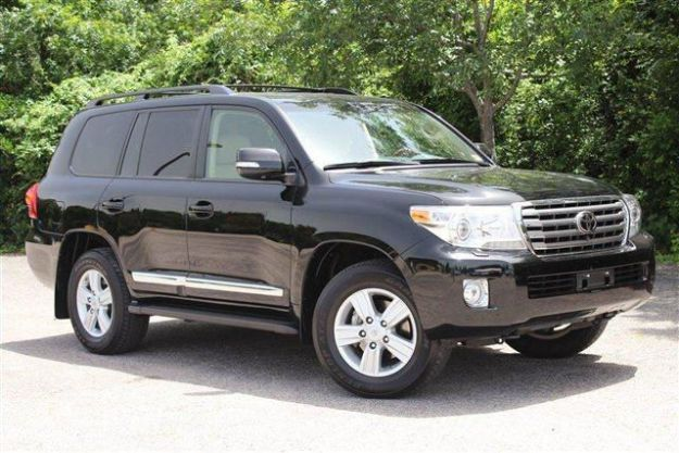 Selling My Toyota Land Cruiser Base 2013
